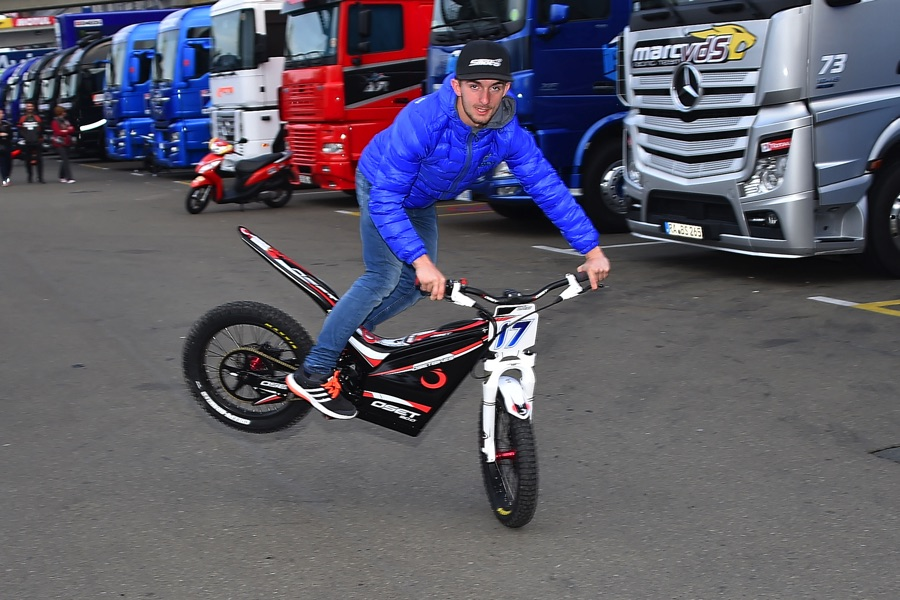 john mcphee oset bikes 2015 moto3 1 - John McPhee Official Website | Moto3 World Championship | #17